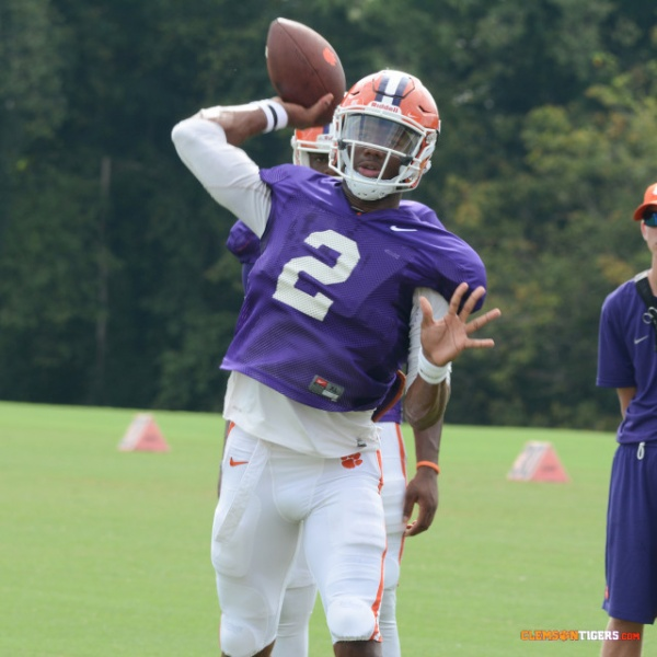 Tigers Hold First Practice in Pads