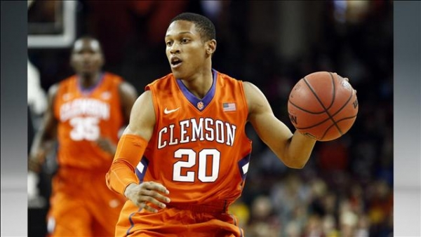 See What Clemson Students Think of Tigers Basketball