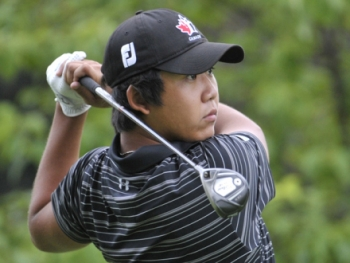 Albin Choi hits a drive in the Ontario Amateur Championship.