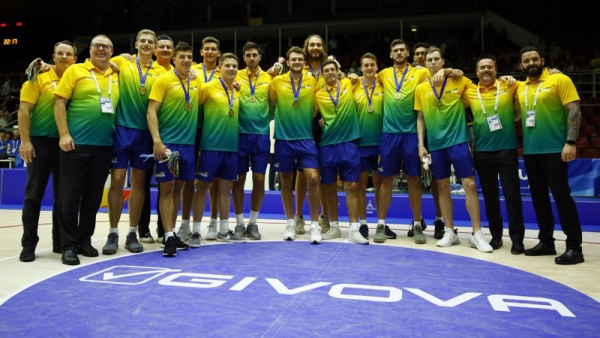White Wins World University Bronze with Australia