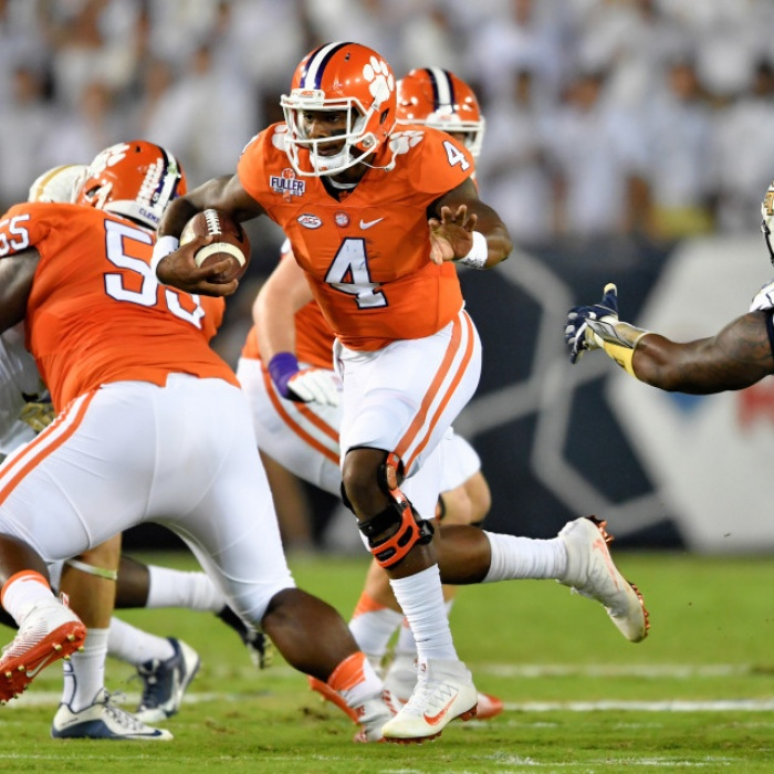 Watson and Boulware Honored for Performances vs. Louisville