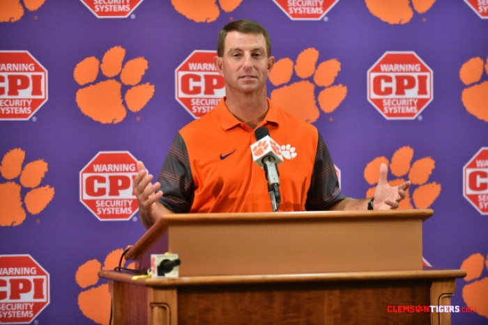 Clemson Holds Spring Scrimmage