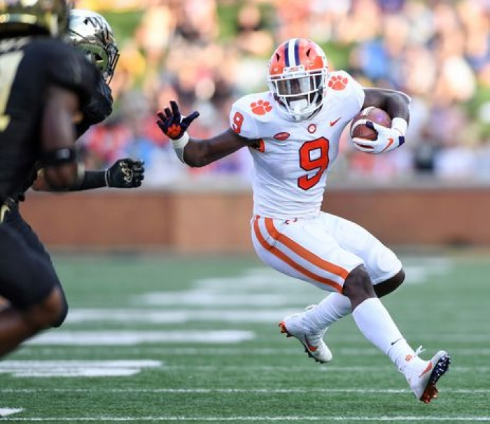 Travis Etienne Running Back Clemson Tigers